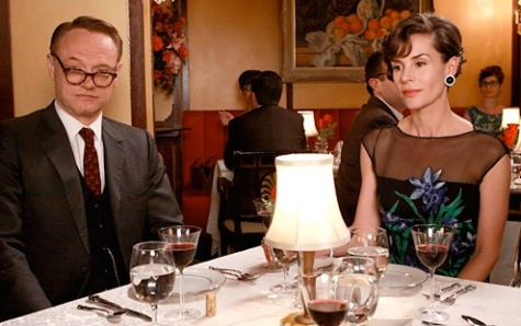 English expats Lane and Rebecca Pryce (Jared Harris and Embeth Davidtz) in Mad Men, Season 3