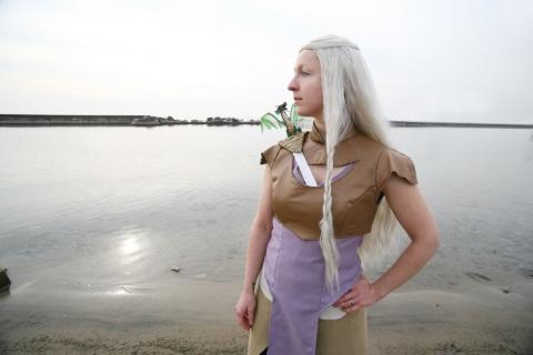 Daenerys beach