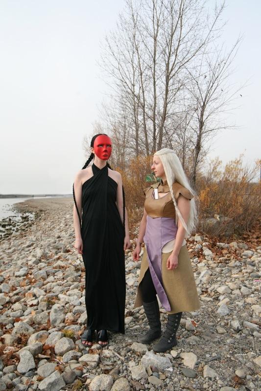 Quaithe and Daenerys Targaryen Halloween costumes