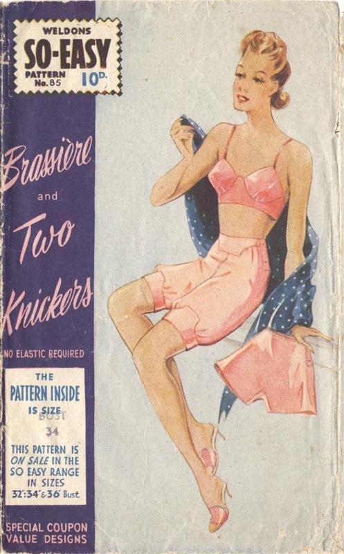 Weldons So-Easy 72 (c. 1942) Simple undies. Image via the Vintage