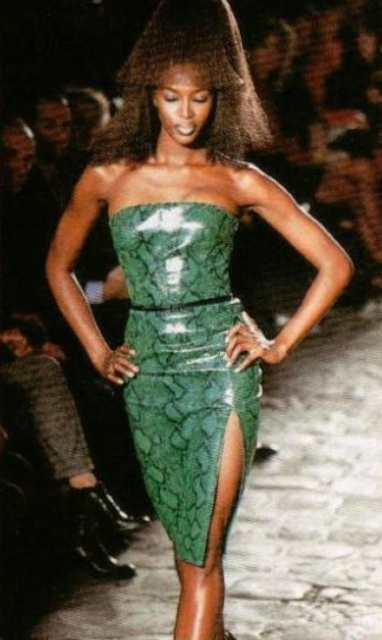 Naomi Campbell modelling a green python strapless dress on the runway - Alexander McQueen - Givenchy Fall 1997 ready-to-wear