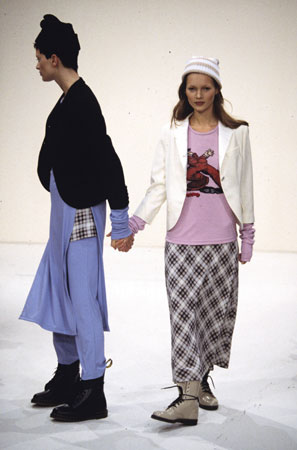 Kristen McMenamy and Kate Moss model Marc Jacobs' spring 1993 grunge collection for Perry Ellis
