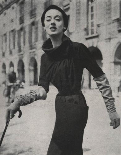 Vogue 1231 15Aug1953