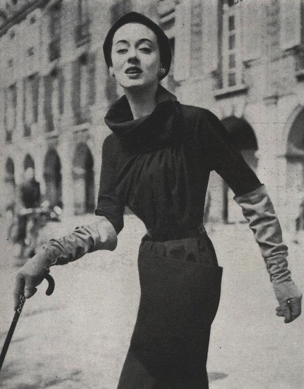 1950s Schiaparelli pattern Vogue 1231 summer 1953
