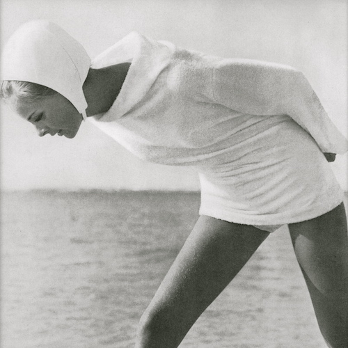 Vogue coverup photographed by Helmut Newton at Wanda Beach, Australia (May 1964)
