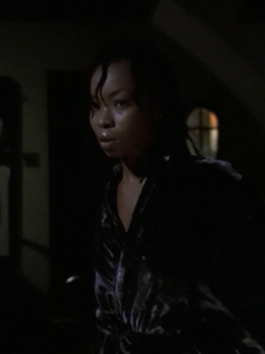 "Phina Oruche in ""Hush"" (Buffy the Vampire Slayer, season 4, episode 10)"