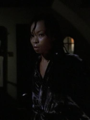 "Phina Oruche in ""Hush"" (Buffy the Vampire Slayer, season 4, episode 10)"