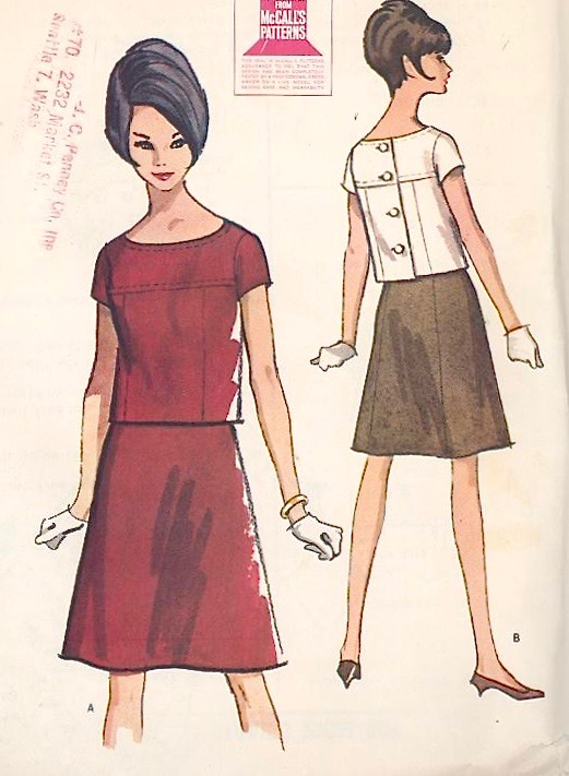 1960s top and skirt pattern after Courèges - McCall's 7932