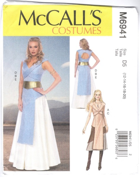 Game of Thrones / Daenerys costume pattern McCall's 6941 (2014)