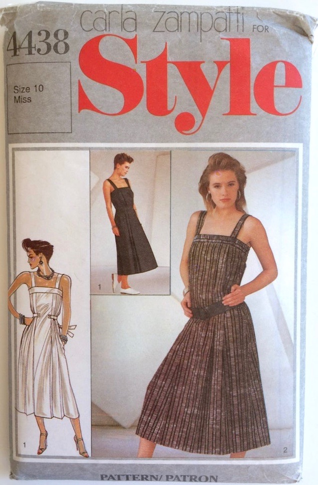 1980s dress pattern by Carla Zampatti - Style 4438